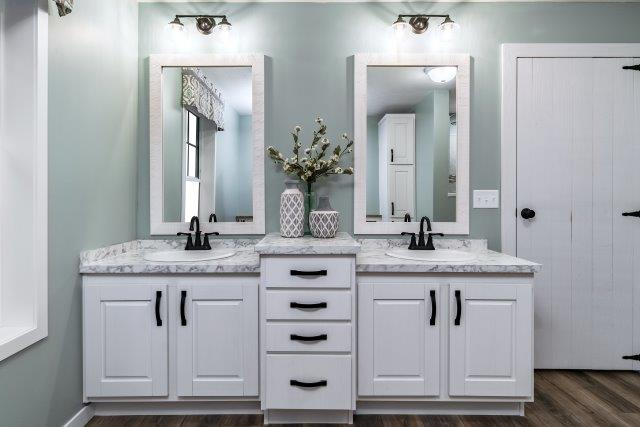 white bathrrom vanities